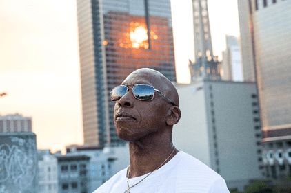 "Jeffrey Osborne Has A New Single – ""Worth It All"""