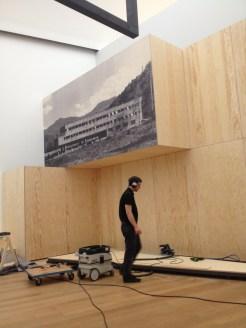 "Construction site ""Black Mountain. An interdisciplinary experiment 1933-1957"" at Hamburger Bahnhof - Museum für Gegenwart - Berlin. The exhibition's architecture has been designed by raumlaborberlin."