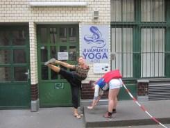 Photo by Katrine Leth Nielsen. Marina Popovic and Viola Tømte in action.