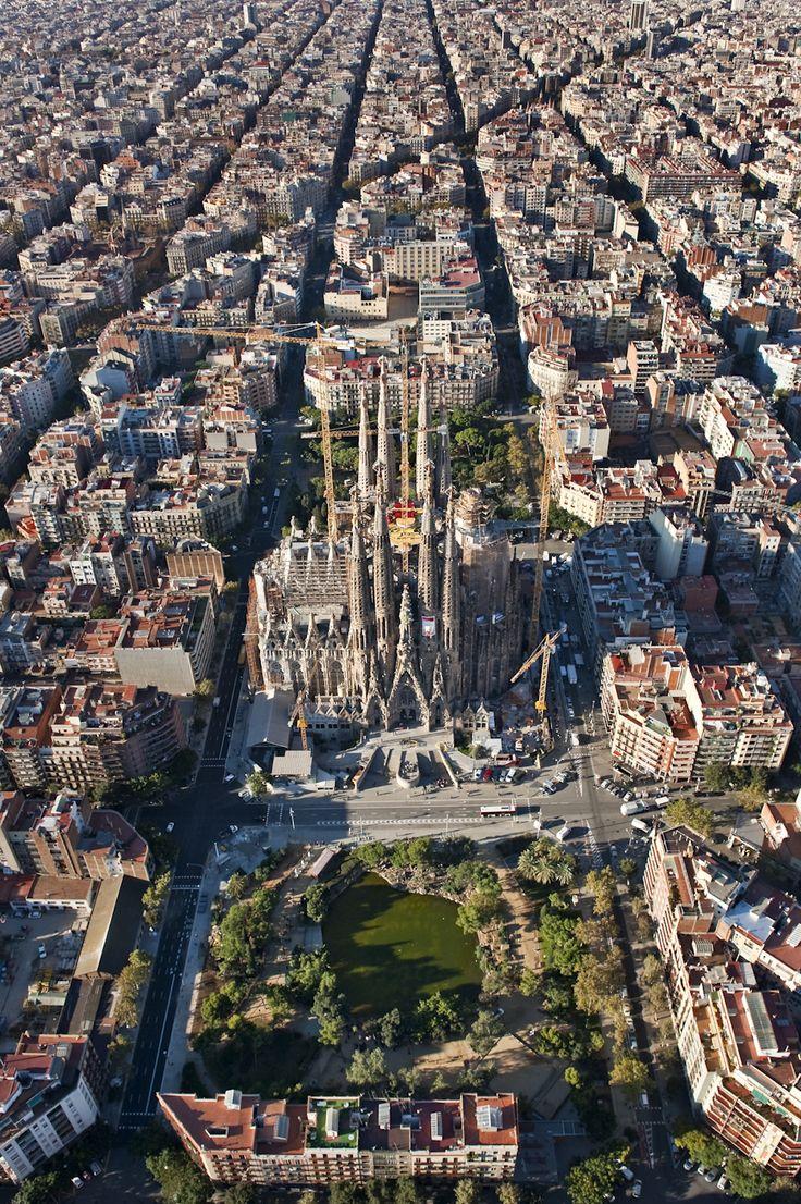 Antoni Gaud La Sagrada Familia BLACKNUBA