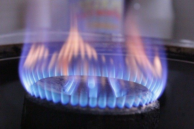 Energiepreise explodieren - erste deutsch Firmen drohen mit Schließung. Erste Gasverorger kündigen Veträge mit Privatkunden.