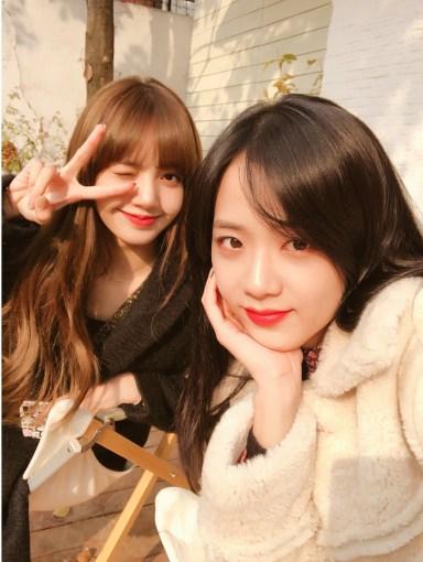 BLACKPINK Jisoo and Lisa Instagram