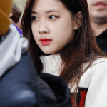 Blackpink Rose Airport photo
