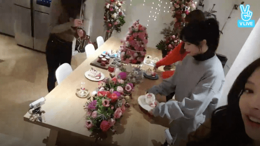 Blackpink House Dining Table Christmas Decoration
