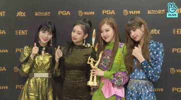 Blackpink Won Golden Disc awards 2018 Backstage