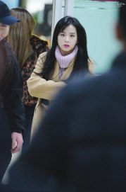 Blackpink Jisoo Winter Fashion Airport