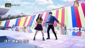 Blackpink-Jisoo-Jinyoung-Dance-Uptown-funk