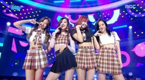 Blackpink-MBC-Music-Core-12-August-2017