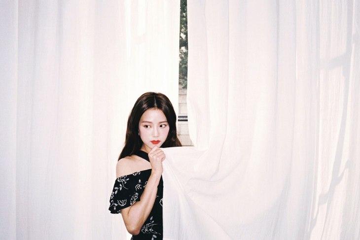 Blackpink Jisoo Ceci Korea magazine Behind The Scenes