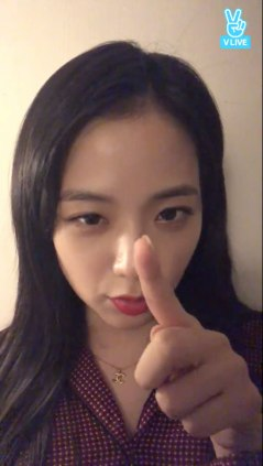 Blackpink-Jisoo-Vlive-2018-3