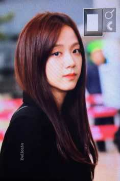 Blackpink-Jisoo-Airport-Fashion-27-March-to-Japan-21
