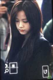Blackpink-Jisoo-Airport-Fashion-27-March-to-Japan-27