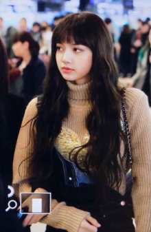 Blackpink-Lisa-Airport-Fashion-27-March-to-Japan-30