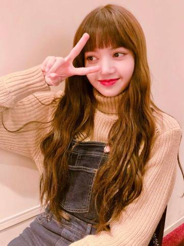 Blackpink-Lisa-Birthday-Instagram-post-2018-Brightest-Star-Lisa-Day-4