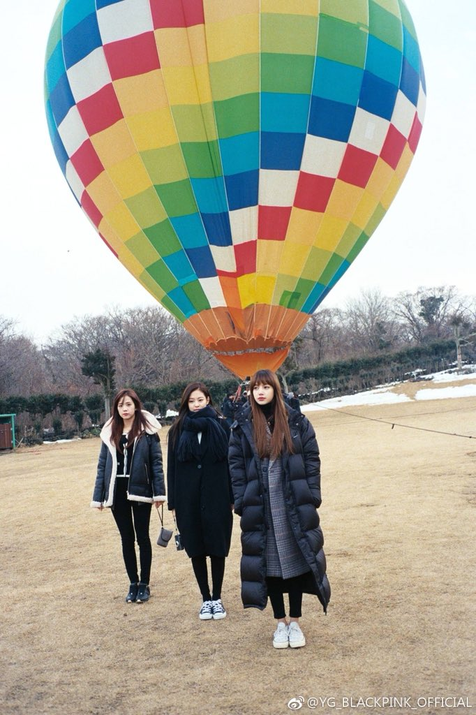 Weibo Blackpink Jisoo Jennie Lisa Hot Air Balloon Jeju Island