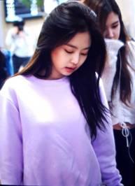 Blackpink-Jennie-Airport-Fashion-22-April-2018-photo-12