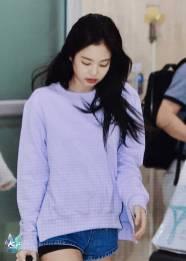 Blackpink-Jennie-Airport-Fashion-22-April-2018-photo-22