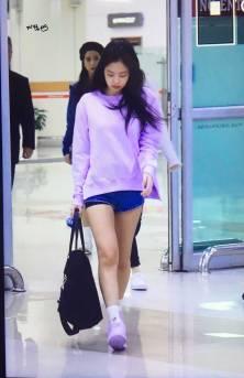 Blackpink-Jennie-Airport-Fashion-22-April-2018-photo-7