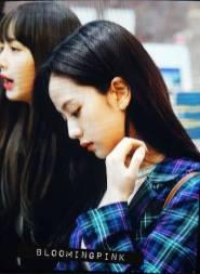 Blackpink-Jisoo-Airport-Fashion-20-April-2018-photo-2