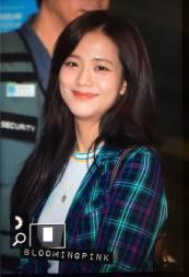 Blackpink-Jisoo-Airport-Fashion-20-April-2018-photo-4