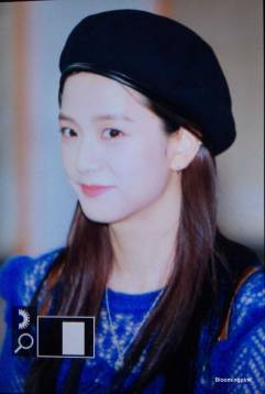 Blackpink-Jisoo-Airport-Fashion-22-April-2018-photo-3