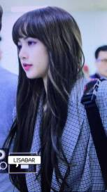 Blackpink Lisa Airport Fashion 22 April 2018
