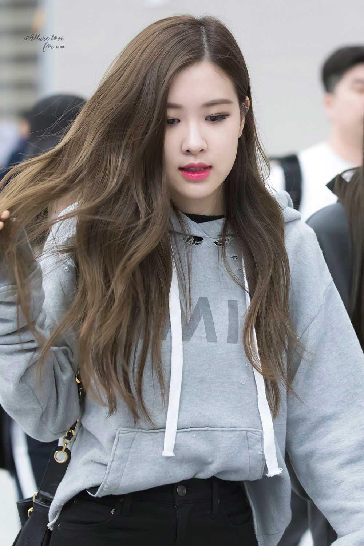 Blackpink Rose Airport Fashion 5 April 2018 Incheon
