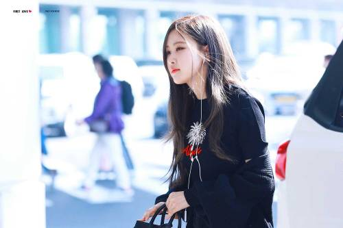 Blackpink Rose Airport Fashion 26 March 2018