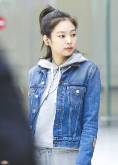 blackpink-jennie-airport-photo-6