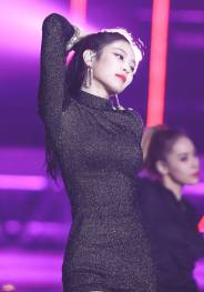 blackpink-jennie-performance-photo-2