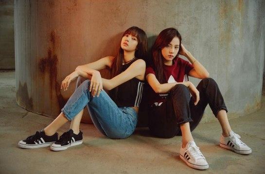 BLACKPINK-LISA-jisoo-ADIDAS