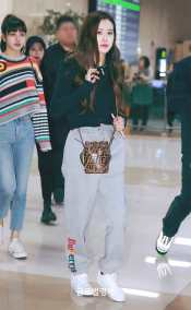 Blackpink-Rose-Airport-Fashion-black-outfit-casual-3