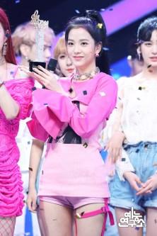 BLACKPINK Jisoo MBC Music Core 23 June 2018 photo HQ 5