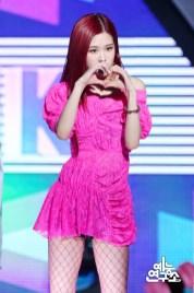 BLACKPINK Rose MBC Music Core 23 June 2018 photo HQ 4