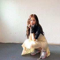BLACKPINk-Jennie-High-Cut-Magazine-behind-the-scenes-5