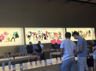 Blackpink-Apple-Store-Wall-USA-America-3