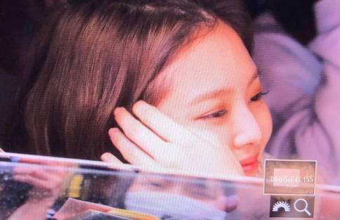 BLACKPINK-Jennie-Car-Photos-Leaving-Inkigayo-17-June-2018-photo-2