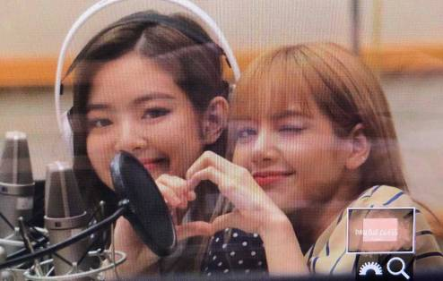 BLACKPINK-Jennie-KBS-Cool-FM-Volume-Up-Photo-28