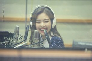 BLACKPINK Jennie KBS Cool FM Volume Up Photo 56