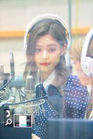 BLACKPINK-Jennie-KBS-Cool-FM-Volume-Up-Photo-61