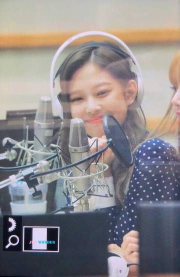 BLACKPINK-Jennie-KBS-Cool-FM-Volume-Up-Photo-65