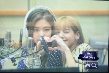 BLACKPINK Jennie KBS Cool FM Volume Up Photo 77