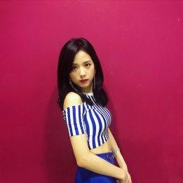 BLACKPINK-Jisoo-Sooyaa-Instagram-Photo-8