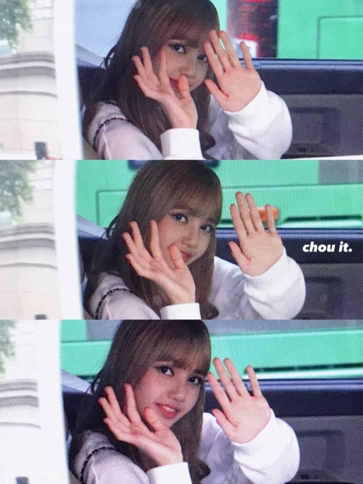 BLACKPINK-Lisa-Car-Photos-Leaving-Inkigayo-17-June-2018-photo-8