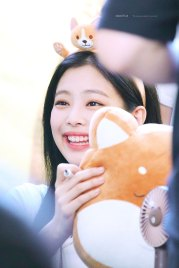 BLACKPINK-Jennie-Fansign-event-Yeouido-July-8,-2018-IFC-Atrium-3