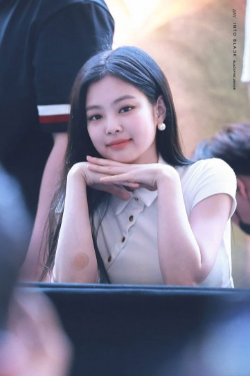BLACKPINK-Jennie-Fansign-event-Yeouido-July-8,-2018-IFC-Atrium-8