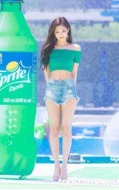 BLACKPINK-Jennie-Sprite-Waterbomb-Festival-Seoul-11