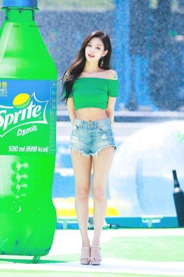 BLACKPINK Jennie Sprite Waterbomb Festival Seoul 120