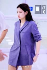 BLACKPINK-Jennie-airport-fashion-4-july-2018-photo-4
