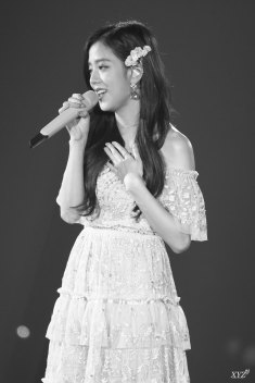 BLACKPINK-Jisoo-Japan-Arena-Tour-Day-1-Osaka-14